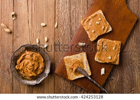 Sandwich with peanut butter