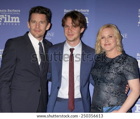 SANTA BARBARA - FEB 5:  Ethan Hawke, Ellar Coltrane, Patricia Arquette at the SBIFF - American Riviera Award at a Arlington Theater on February 5, 2015 in Santa Barbara, CA