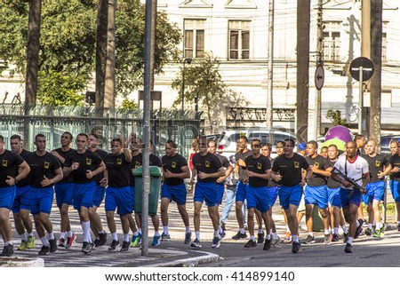 Sao Paulo, Brazil, April 19, 2016. Soldiers of the military police of the Shock Battalion of Sao Paulo do sprint training on the streets of Sao Paulo - stock photo