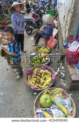 SAPA, VIETNAM, September 12, 2014 : SAPA, LAO CAI, VIETNAM - Life of Unidentified Vietnamese vendor on the main street of Sapa Vietnam. Sapa is town at Hoang Lien Son Mountains of northwest Vietnam.