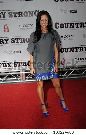 "Sara Evans at the ""Country Strong"" Nashville Premiere, Regal Green Hills, Nashville TN. 11-8-10"