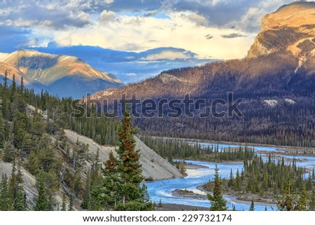 Saskatchewan River, Icefields Parkway, Alberta, Canada - stock photo