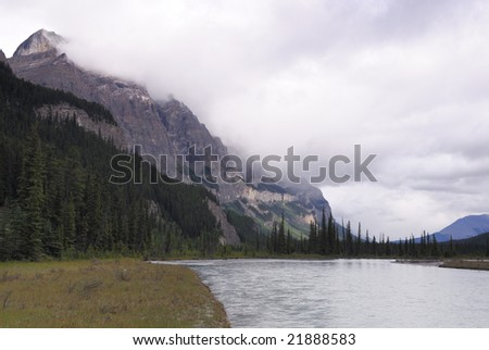 Saskatchewan River in Banff National Park, Canadian Rockies