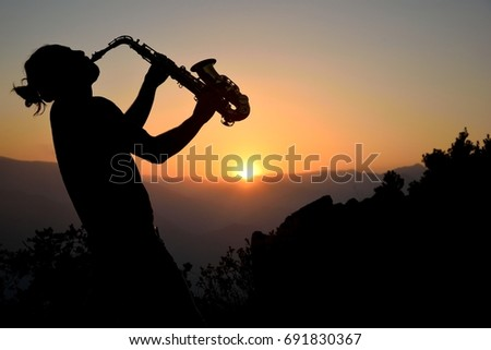 Saxophone with a sunset in Provence