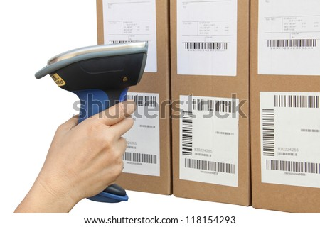 Scanning label on the boxes with bluetooth barcode scanner