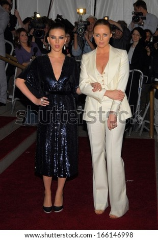 Scarlett Johansson, Stella McCartney, both wearing Stella McCartney, at AngloMania Tradition and Transgression in British Fashion Opening Gala, The Metropolitan Museum of Art, New York, May 01, 2006 - stock photo