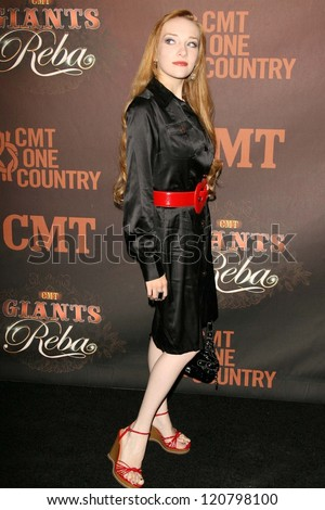 Scarlett Pomers at the CMT Giants honoring Reba McEntire. Kodak Theatre, Hollywood, CA. 10-26-06