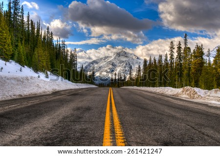 Scenic Views of the Icefields Parkway in winter, Banff National Park Alberta Canada