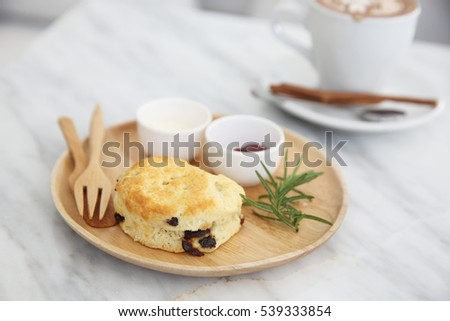 scones in coffee shop
