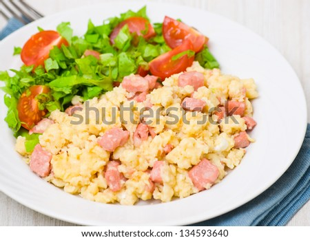 scrambled eggs with ham and scrambled eggs omelets omelet roll
