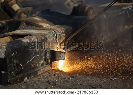 scrap metal cutting with gas welder