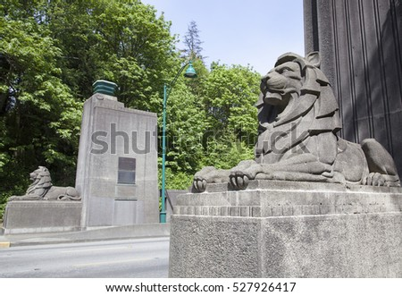 Sculptures at the entrance to Lions Gate Bridge in Vancouver (British Columbia).