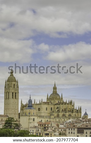 Segovia Cathedral is a Roman Catholic religious church in Segovia, Spain. It is located in the main square of the city, the Plaza Mayor, and is dedicated to the Virgin Mary. - stock photo