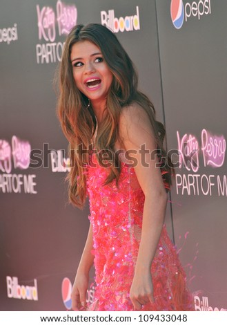 "Selena Gomez at the Los Angeles premiere of ""Katy Perry: Part of Me"" at Grauman's Chinese Theatre, Hollywood. June 27, 2012  Los Angeles, CA Picture: Paul Smith / Featureflash - stock photo"