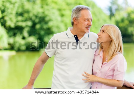 Senior couple together at the park