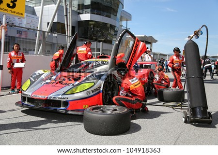 Pit-crew Stock Images, Royalty-Free Images & Vectors | Shutterstock