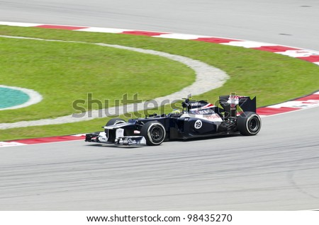 SEPANG, MALAYSIA-MARCH 23 : Formula One driver Pastor Maldonado of Williams F1 Team races during the first practice session on March 23, 2012 in Sepang International Circuit in Sepang, Malaysia.
