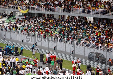 Sepang, MALAYSIA - 23 November: Starting grid and fans at the World A1 GP championship races held in Malaysia. 23 November 2008 in Sepang International Circuit Malaysia.