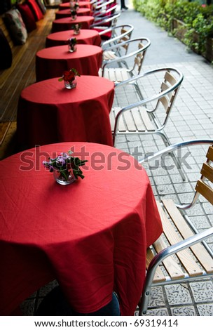 Served with dining tables in the outdoor cafe.