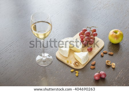 serving dish, wine, glass of wine, white wine, red wine, expensive wine, almond, background