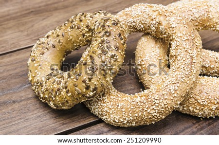 Sesame and sunflower seeds simit breads