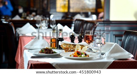 Setout in restaurant for two
