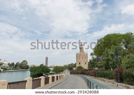 SEVILLE, SPAIN: Gold's Tower (Torre del Oro)