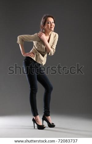 Sexy girl in skinny jeans — img 9