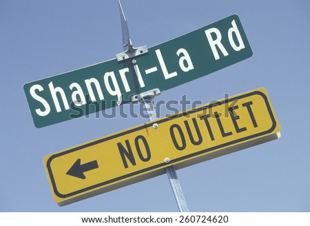 """Shangri-La Road, """"No Outlet"""" - the end of the dream, California - stock photo"""