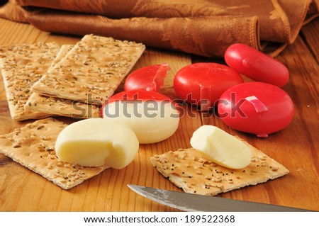Sharp, white cheddar cheese with flatbread crackers
