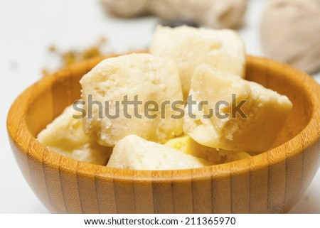 shea butter on bamboo bowl