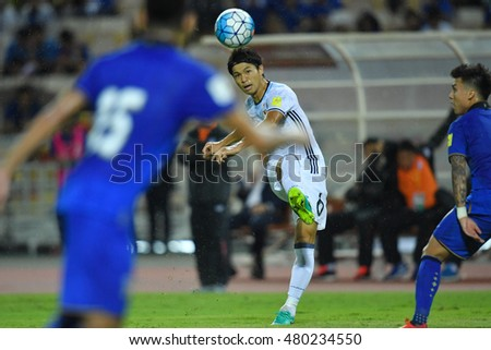 Shinji Kagawa no.6 (white) of japan in action during the 2018 World Cup Qualifiers match between Thailand and Japan at Rajamangala Stadium on September 6, 2016 in Bangkok, Thailand