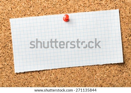 Show. The phrase Don't Tell Me, Show Me typed on a piece of graph paper and pinned to a cork notice board. Often used in business but more so as a guide for novel and book writers. - stock photo