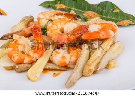 Shrimp and baby corn salad with sauce and spices