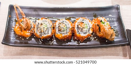 Shrimp maki roll