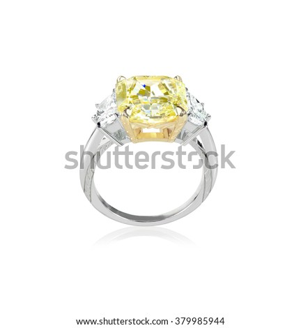 Side view canary yellow diamond engagment ring set with two white clear diamonds on each side