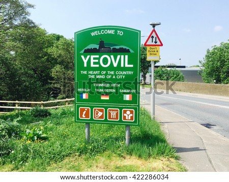 Sign for Yeovil in Somerset England, twinned with Herblay, Taunusstein and Samarate  - stock photo