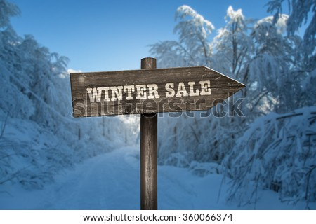 Sign in the direction of the winter sales.