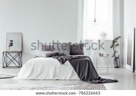 Simple Gray White Bedroom Interior Blanket Stockfoto Lizenzfrei Extraordinary Simple White Bedroom Interior