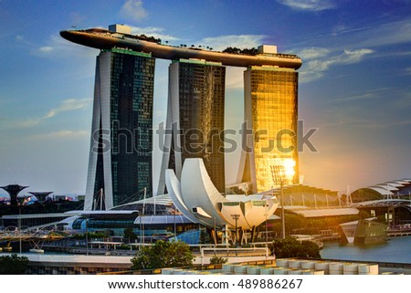 SINGAPORE, 2 April 2016 - Singapor'es famous Marina Bay Sands hotel reflecting the sunset