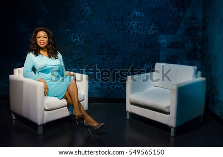 Singapore - September 15,2015 : The wax figure of Oprah Winfrey in Madame Tussauds Singapore.