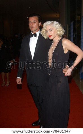 Singer GWEN STEFANI & husband singer GAVIN ROSSDALE at the 18th Annual American Cinematheque Gala honoring Nicole Kidman. November 14, 2003  Paul Smith / Featureflash
