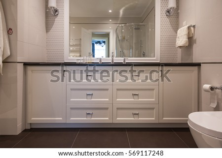 Sink Large Mirror Bathroom Stock Photo 569117290 - Shutterstock