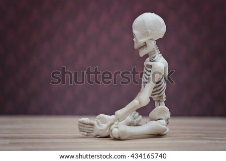 Skeleton meditation