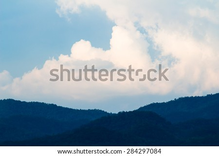 Sky & cloud - stock photo