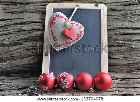 Slate for Christmas wishes in a rustic chrsitmas decor