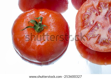 sliced organic local tomatoes