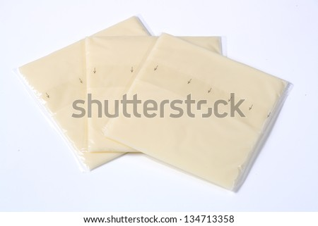 slices of cheese to melt