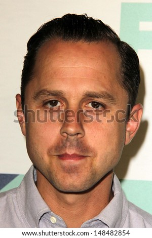 SLOS ANGELES - AUG 1:  Giovanni Ribisi arrives at the Fox All-Star Summer 2013 TCA Party at the SoHo House on August 1, 2013 in West Hollywood, CA