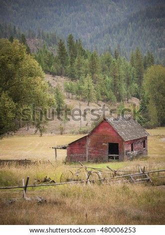 Small barn in pasture east of Coeur d'Alene, Idaho.